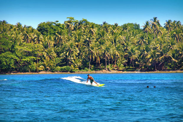Surfing in Siargao, Philippines © Sabrina Iovino | via @Just1WayTicket