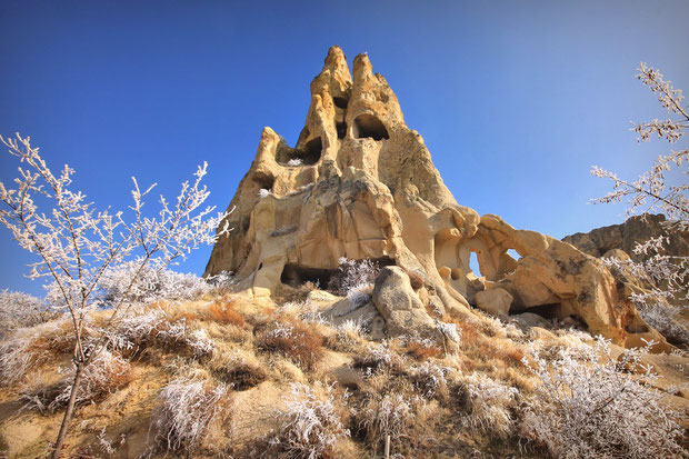 Bizarre Rock Formations in Cappadocia © Sabrina Iovino | JustOneWayTicket.com