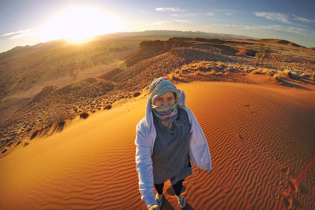 Namib Desert at 6AM | Travel Guide To Namibia - Things To Do And Places To Stay | via @Just1WayTicket