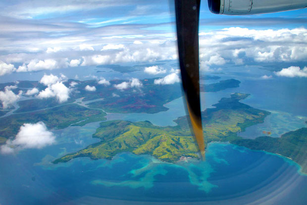 View from the plane Cebu Pacific Air on the way to Siargao, Philippines © Sabrina Iovino | via @Just1WayTicket