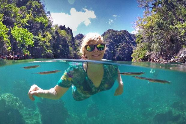 Kayangan Lake in Coron, Palawan | Coron Or El Nido? Which One Is Really Better? | A Travel Guide to Philippines Last Frontier | via @Just1WayTicket