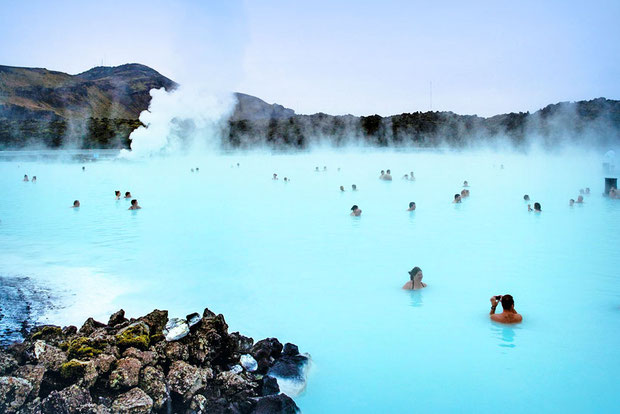 10 Things You Must See In Iceland | Iceland is a dream destination for adventure junkies and photographers. The country is full of natural wonders and offers breathtaking desolate landscapes that will amaze you... | via @Just1WayTicket