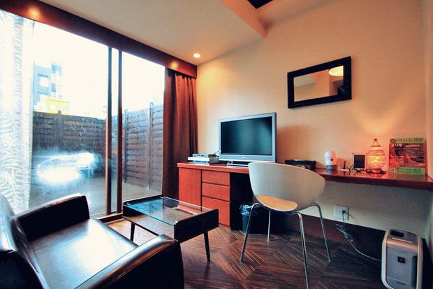 Hotel Review: Centurion Hotel Akasaka, Tokyo Japan © Sabrina Iovino | JustOneWayTicket.com