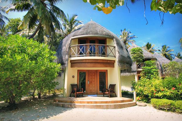 Jacuzzi Beach Villa at Bandos Island - That one time I got invited to the Maldives © Sabrina Iovino | via @Just1WayTicket
