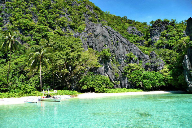 Hidden Beach, El Nido, Palawan, Philippines 2013 © Sabrina Iovino | JustOneWayTicket.com