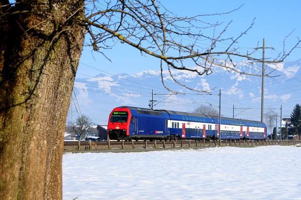 SBB Re 450 ZVV Bahnfoto P.Trippi