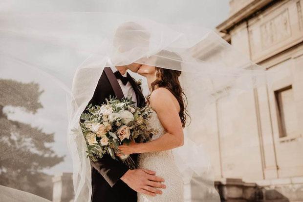 Having a New York wedding theme? Seeking NYC wedding venues, a New York City wedding reception or New York wedding venues? #wedding #nyc #nycwedding #nywedding #budgetwedding #fancywedding #historicwedding #weddingvenue #weddingreception #weddingplanning