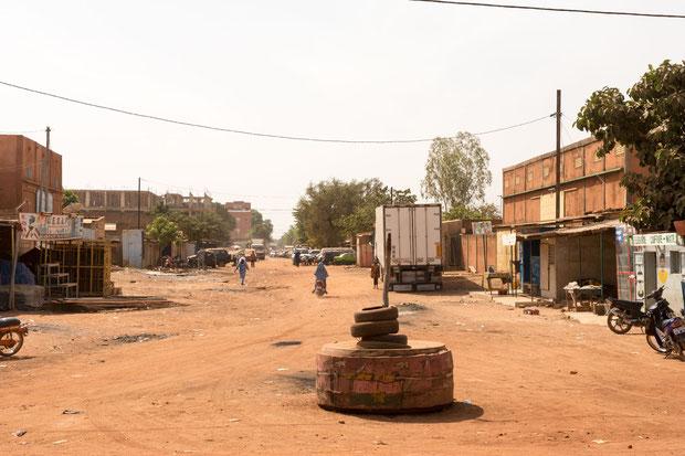 Kreisverkehr vor dem Hotel in Ouagadougou
