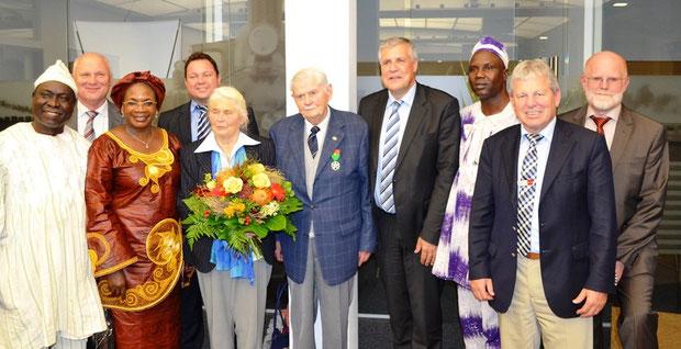 David Damolga Erwin Wiest Ihre Exzellenz MdB Martin Gerster Trudl Reck Erich Reck Bürgermeister Denzel Josué Ouoba Robert Loritz Werner Altvater