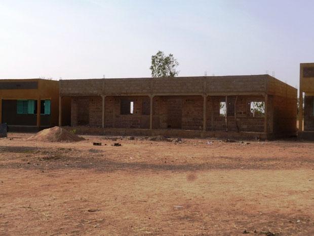 Rohbau der Biblothek mit Lehrerzimmer im Jahr 2012
