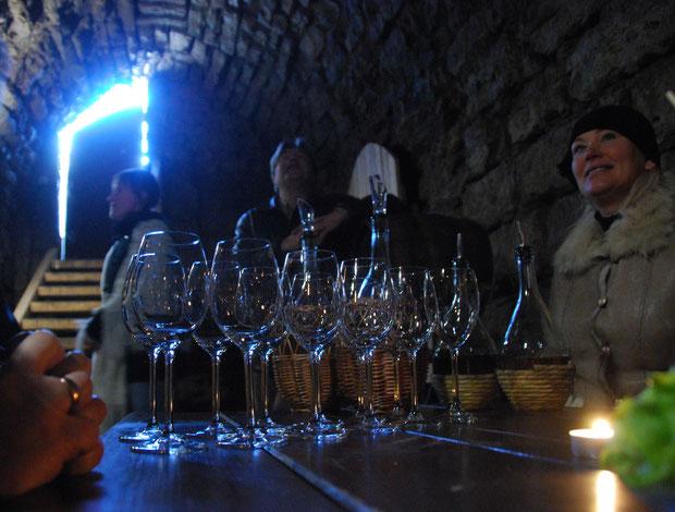 Kuldygos pilies rūsyje rengiamos vyno degustacijos / Foto: Artis Gustovskis