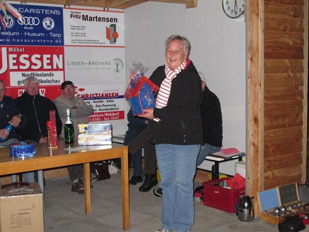5.11.2011 - Die Siegerin des Turniers Edith Sönksen