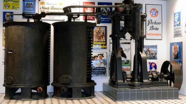 Eine der ältesten Kältemaschinen von Carl von Linde steht im Museum der Bayerischen Geschichte in Regensburg.