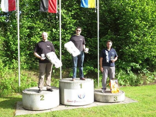 Die Sieger 3 Lauf Langenthal, Christian, Stefan und Pietro, alle unterwegs mit Motoren, Regler und Lipos von TTB!