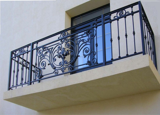 Установка ограждений на балкон