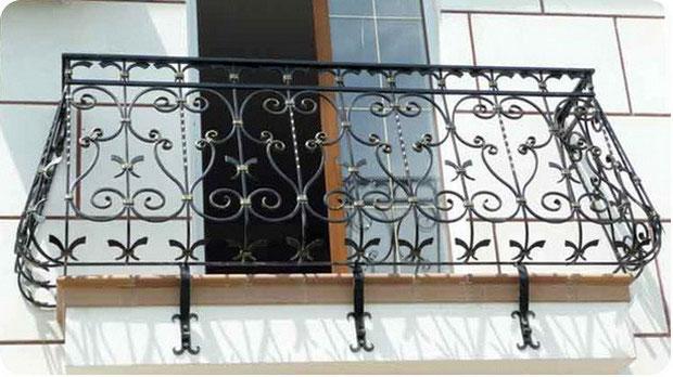 кованый балкон в кургане