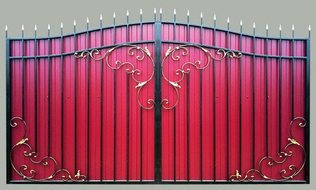 Ворота с элементами ковки своими руками.