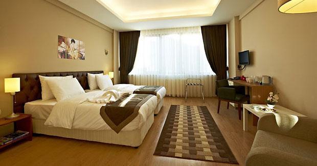 Как оформить интерьер гостиницы? - Графикон Арт