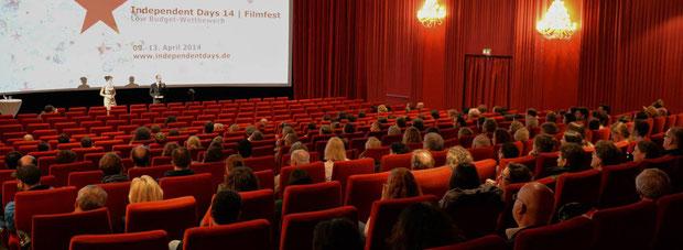 Wir organisieren Events, vom kleinen Kulturevent bis zum medialen Großereignis.