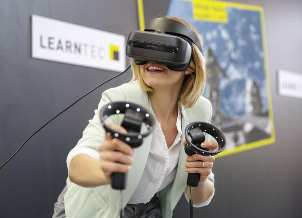 Eintauchen in virtuelle Welten auch in der Weiterbildung. Bild: Messe Karlsruhe/Behrendt und Rausch