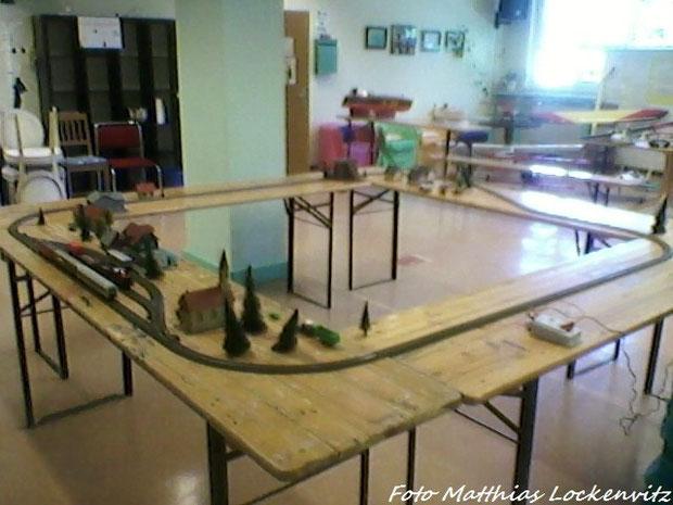 Der Kinderanlagenspieltisch