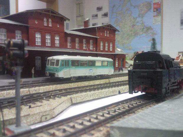 UBB 771 & Die Ausstellungs-Fahrlok