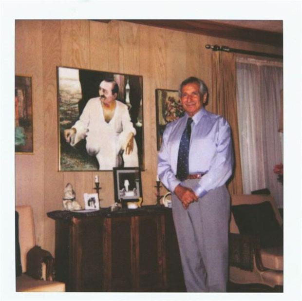 """'Kangaroo tie"""" - Virginia - 2003"""