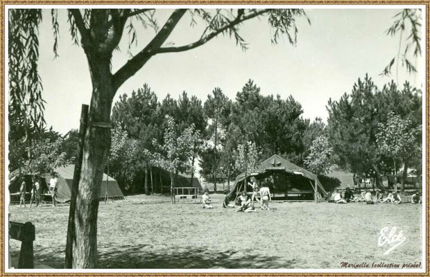 "Gujan-Mestras autrefois : La Hume, camp de tentes de la colonie de vacances ""Bouquet de Joie"" Sud Aviation Toulouse, Bassin d'Arcachon (carte postale, collection privée)"
