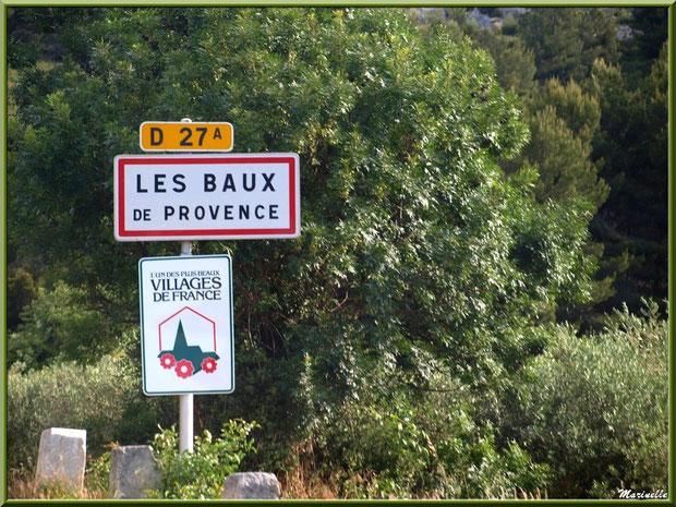 Panneau d'entrée au village des Baux-de-Provence, Alpilles (13)