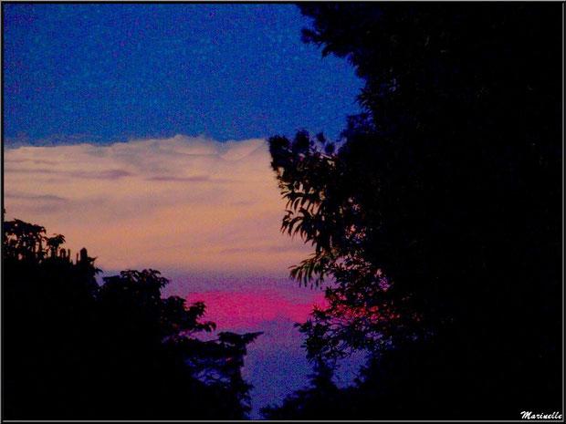 Coucher de soleil sur Saint Rémy de Provence, Alpilles (13)