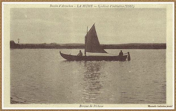Gujan-Mestras autrefois : Pinasse à voile et pêcheurs au large du Port de La Hume, Bassin d'Arcachon (carte postale, collection privée)