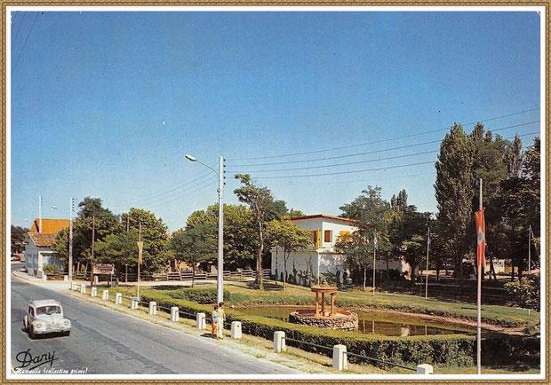 Gujan-Mestras autrefois : La Hume, l'ancien Camping Municipal et son entrée, Bassin d'Arcachon (carte postale, collection privée)
