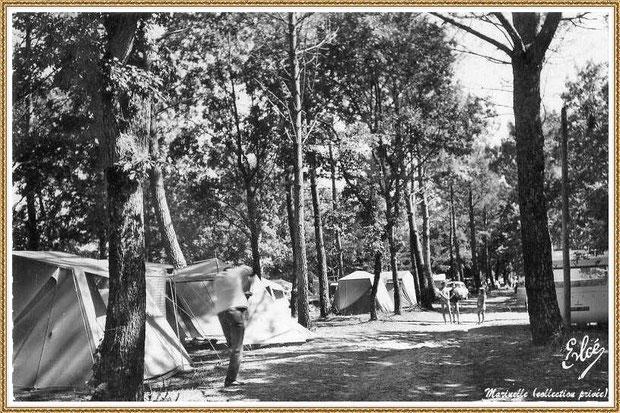 Gujan-Mestras autrefois : La Hume, vers 1950, l'ancien Camping Municipal en bordure du Canal des Landes, Bassin d'Arcachon (carte postale, collection privée)