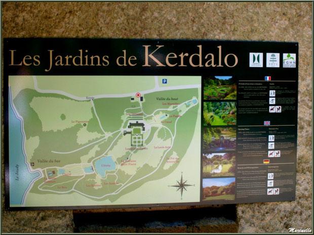 Panneau au portail d'entrée des Jardins du Kerdalo à Trédarzec, Côtes d'Armor  (22)