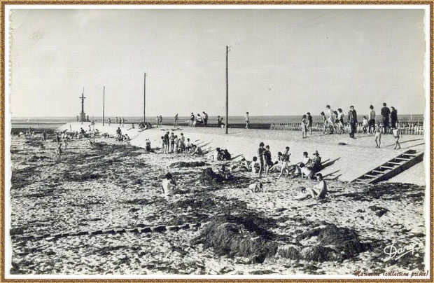 Gujan-Mestras autrefois : Plagistes à la Jetée du Christ au Port de Larros, Bassin d'Arcachon (carte postale - version NB, collection privée)