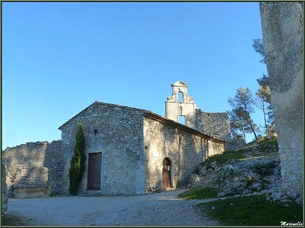 La chapelle des Pénitents au village d'Eygalières dans les Alpilles, Bouches du Rhône