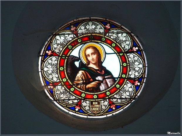 L'église Saint Pierre de Laruns, Vallée d'Ossau (64) : un vitrail