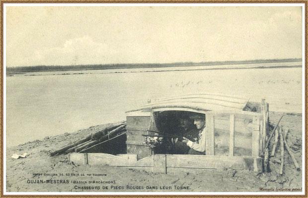 Gujan-Mestras autrefois : Chasseurs de Pieds Rouges dans leur tonne, Bassin d'Arcachon (carte postale, collection privée)