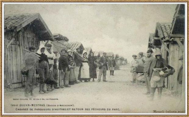 Gujan-Mestras autrefois : en 1904, cabanes de parqueurs d'huîtres et retour des pécheurs du parc, Bassin d'Arcachon (carte postale - version NB, collection privée)