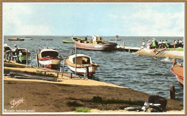 Gujan-Mestras autrefois : Entrée du Port du Canal avec ses quais et les joies de la baignade, Bassin d'Arcachon (carte postale, version couleur, collection privée)