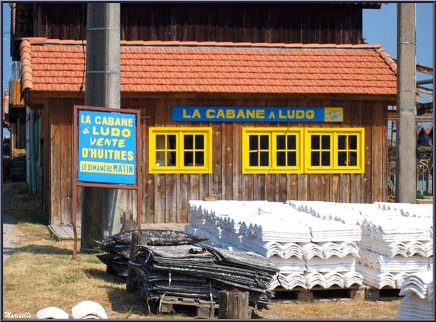 """""""La Cabane à Ludo"""" et ses tuiles chaulées au Port du Canal à Gujan-Mestras, Bassin d'Arcachon"""