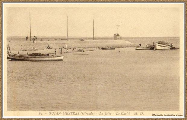 Gujan-Mestras autrefois : la Jetée du Christ et son phare, Port de Larros, Bassin d'Arcachon (carte postale, collection privée)