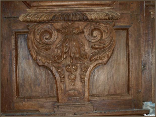 Détail d'une partie d'un des côtés bas du retable de l'autel de la Vierge, église Saint Pierre de Mons à Belin-Beliet (Gironde)