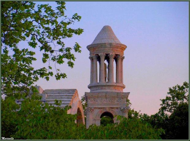 Les Antiques au soleil couchant à Saint Rémy de Provence, Alpilles (13)