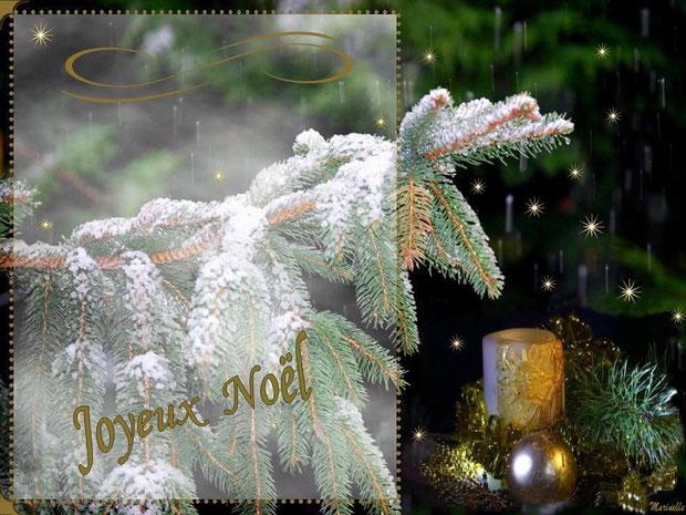 Joyeux Noël, sapin enneigé, boules et bougie