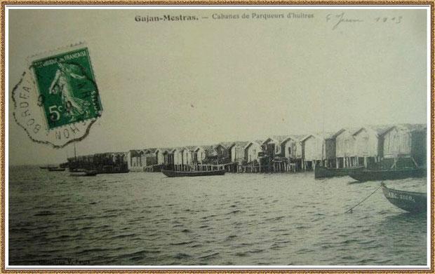 Gujan-Mestras autrefois : en 1913, Port de Larros, darse face au Port de La Passerelle,  avec cabanes sur pilotis et pinassottes, Bassin d'Arcachon (carte postale, collection privée)