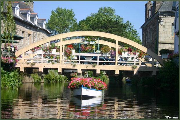 Le pont St Yves enjambant Le Trieux à Pontrieux, Côte d'Armor (22)