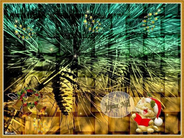 Joyeux Noël : chaton chantant, clochettes, branche et pomme de pin