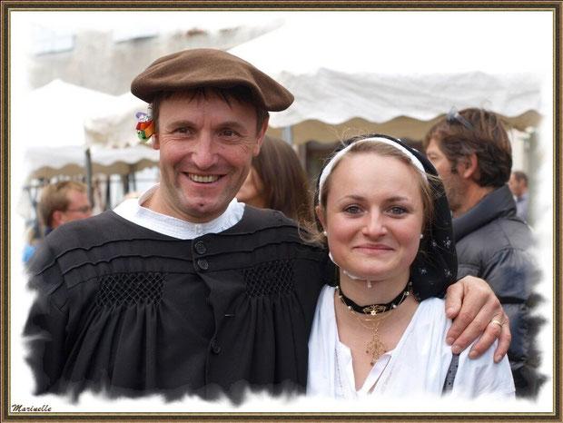 Couple d'Ossalois à la Fête au Fromage, Hera deu Hromatge, à Laruns en Vallée d'Ossau (64)