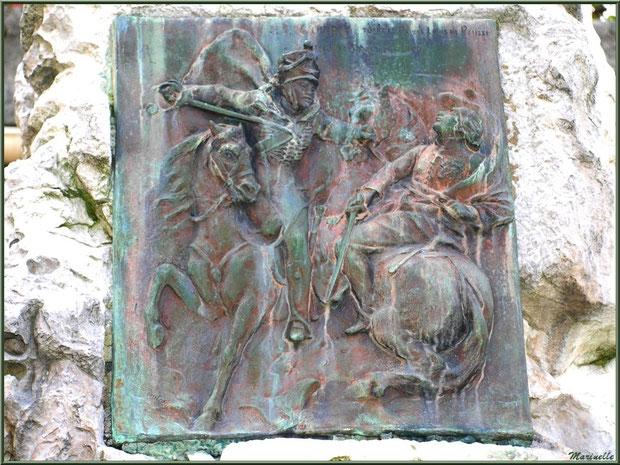 Détail plaque sculptée sur le monument à la mémoire de J.B. Guindey, village de Laruns, Vallée d'Ossau (64)